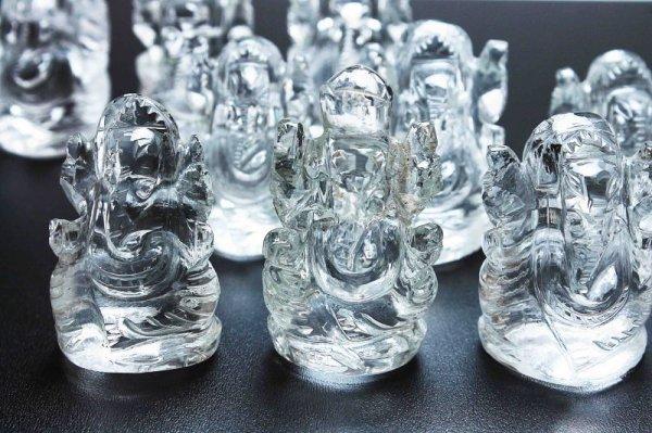 画像3: 置物 透明度抜群 ヒマラヤ産水晶使用 ガネーシャ 3センチから4センチ 品番: 11308