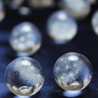 置物 水晶 丸玉 模様入り 約17〜19mm  品番: 10886
