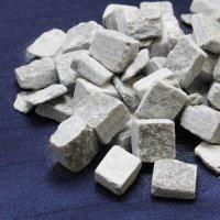 さざれ オーストリア産 バドガシュタイン鉱石 100gパック 品番: 8278