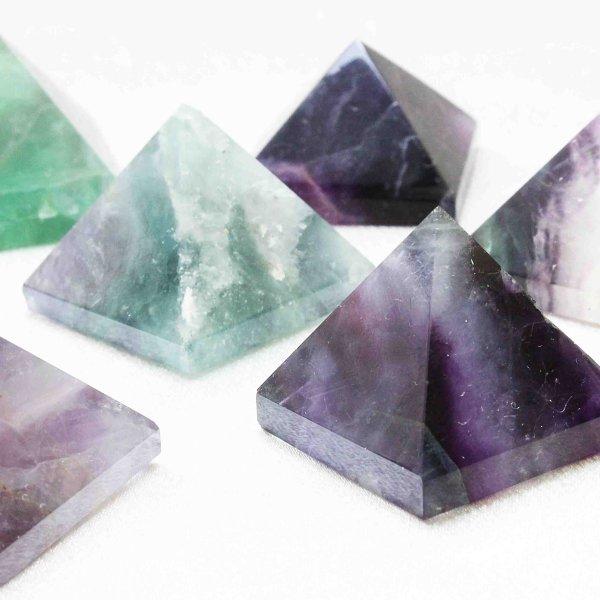 画像1: 置物 オーナメント フローライト ピラミッド 品番: 8415