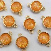コネクトパーツ 合成オパール オレンジ 表面カット加工有 GL ゴールド 1個  品番: 10599