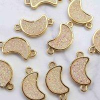 コネクトパーツ ドゥルージー風 ムーン 月 ナチュラルAB加工 GL ゴールド 1個   品番: 11009