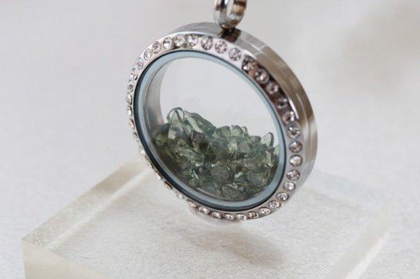 画像2: ペンダントトップ 石有シルバー モルダバイト モルダウ石 さざれ 緑 グリーン 品番:12338