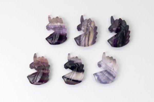 画像4: ルース フローライト ユニコーン型 インテリア 癒し 浄化 置物 彫り物 品番: 12465