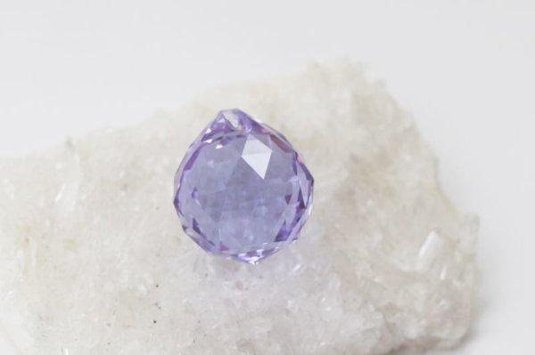 画像2: 風水 サンキャッチャー パープル 小 (約20mm) ガラス 虹色 幸運 プラスエネルギー インテリア  品番: 12485