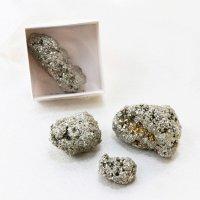 原石 置物 パイライト 1個 約20〜100g 記憶力 強い保護力 パワーストーン お守り 品番: 10938