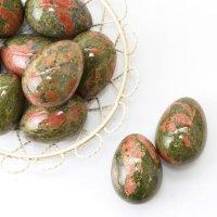 置物 玉子 ユナカイト たまご 卵 緑簾石 癒し 天然石 品番:13539