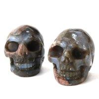 置物 彫り物 スカル 髑髏 ドクロ ジャスパー 赤碧玉 広い視野 洞察力 自信 リラックス インテリア 天然石 品番: 13792