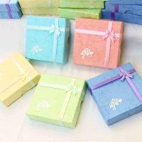 ブレス用ラッピングボックス(薔薇柄) 24個入り  品番: 5849